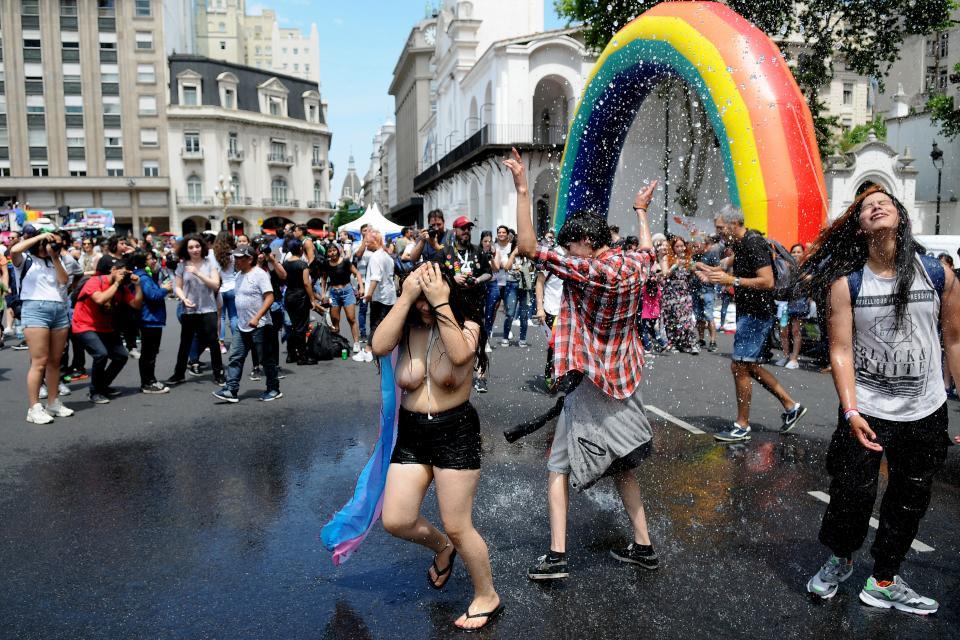 La Marcha Del Orgullo Le Agrego Fiesta A Buenos Aires Semanario